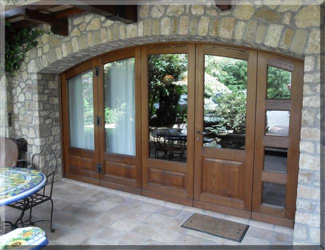 Produzione infissi: i criteri per scegliere tra porte e finestre in ...
